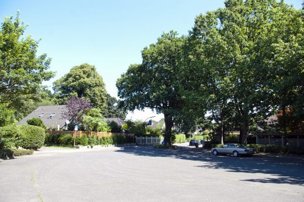 Exklusiver Atrium-Bungalow in grüner und ruhiger Lage mit Garage