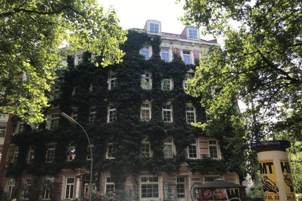 St. Pauli-Ruhiger Jugendstil mit 4 Zimmer und Balkon